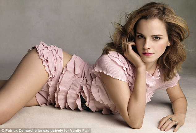 http://emma-watson.net/images/photos/VF-June2010-2.jpg